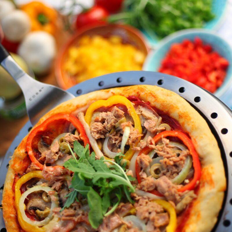 Tafel BBQ COBB pizza bakken