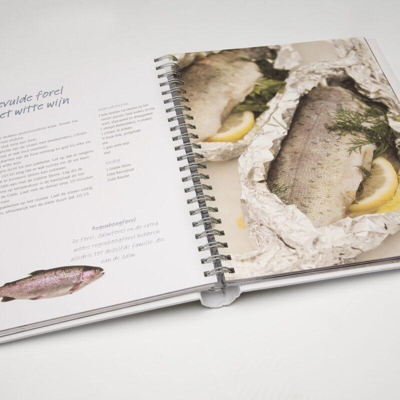 Barbecue Kookboek COBB Op De COBB
