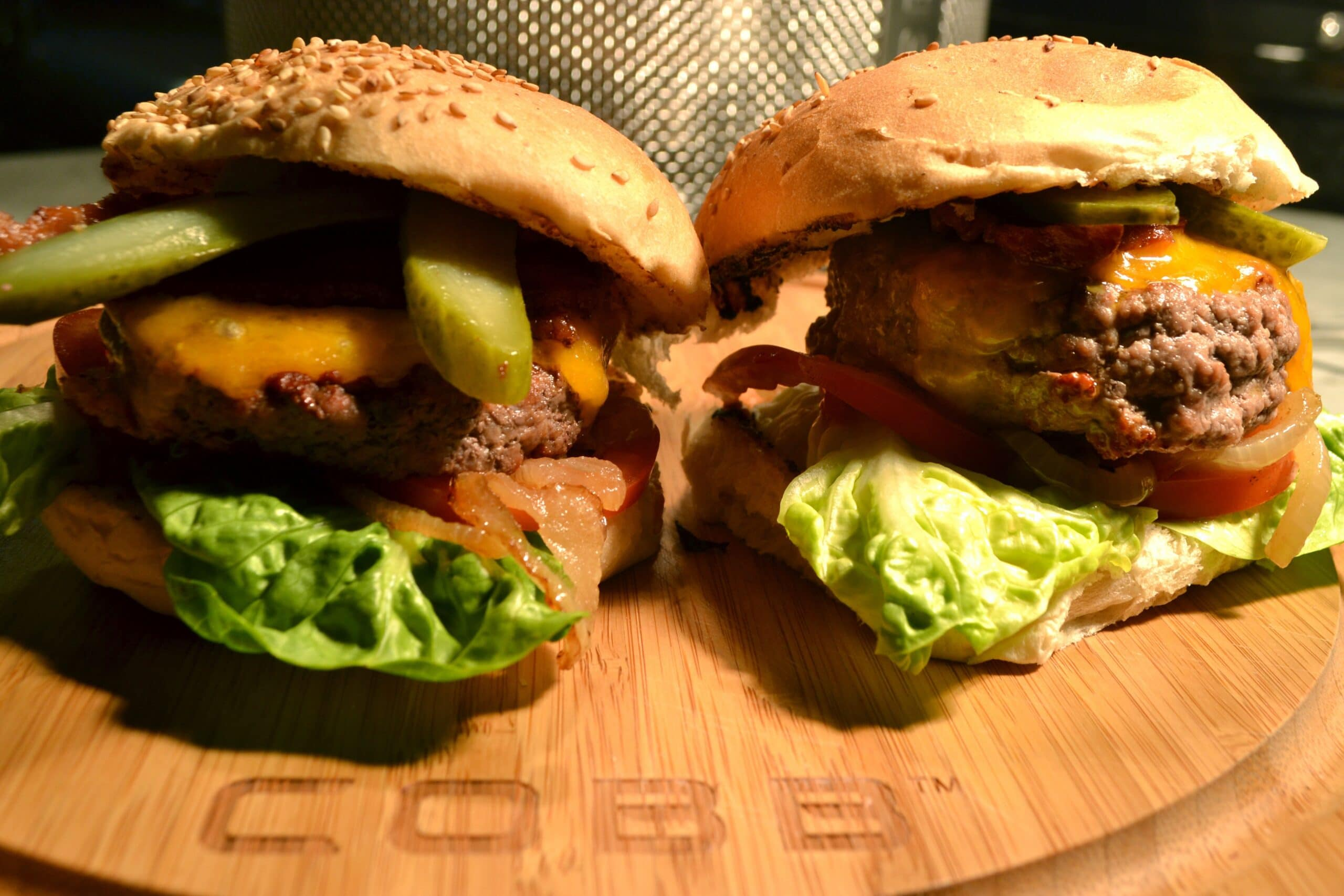 Hamburger BBQ COBB 1